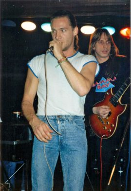 Nest Saloon - 13 Nov 90.